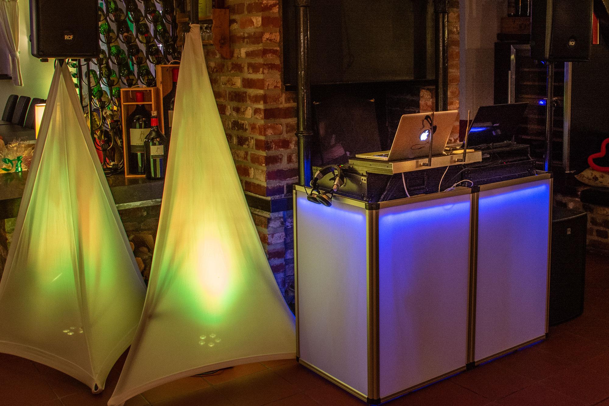 Equipment 2000px DSC 4299 DJ Tom Stroh