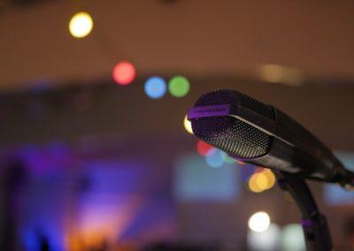 Mikrofon für Wortbeiträge auf Firmenevent