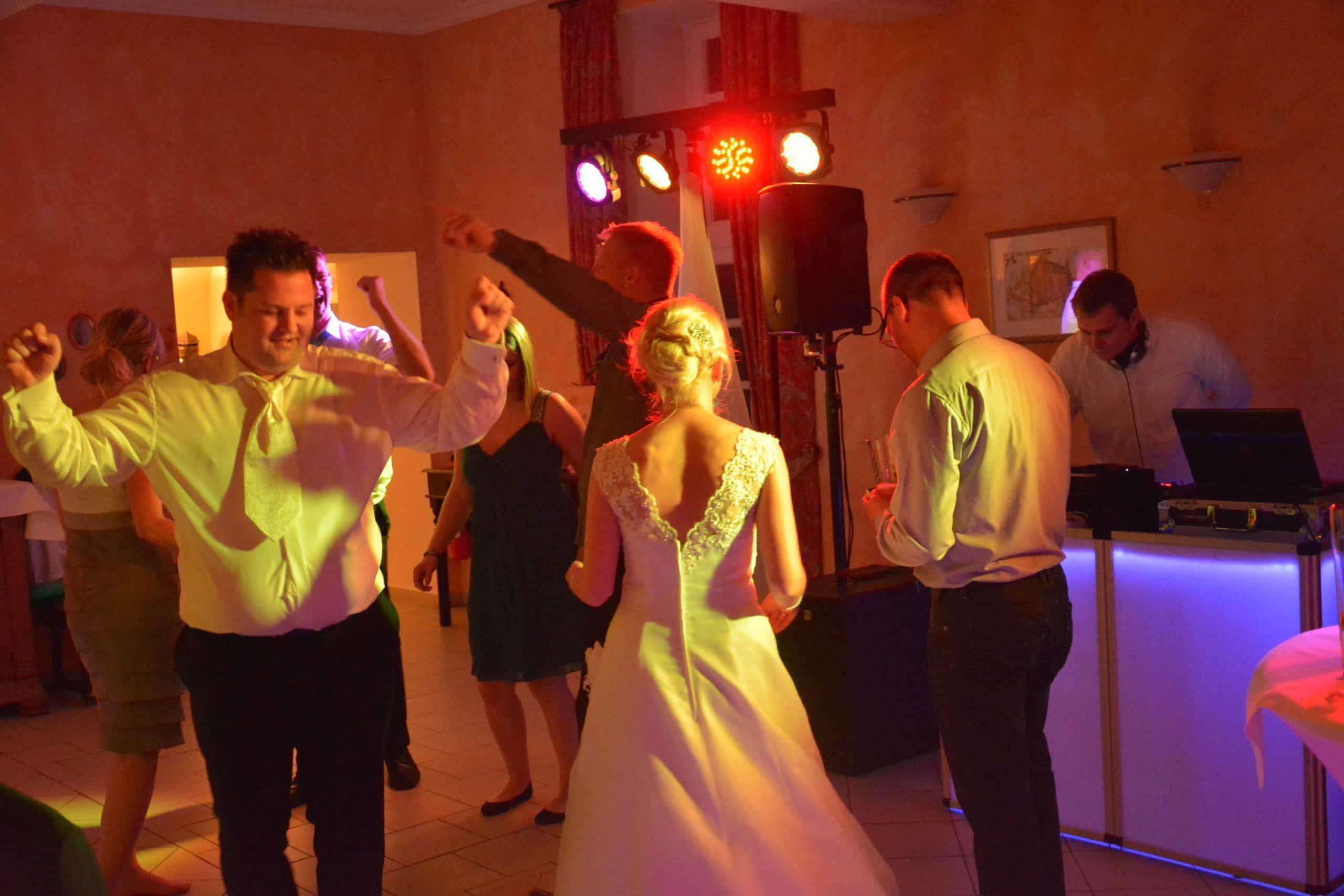 Motivation Musikwünsche Der Gäste Auf Der Hochzeitsfeier